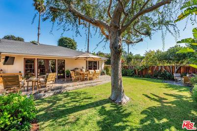 1349 Allenford Ave Los Angeles Ca 90049 Mls 18 394834