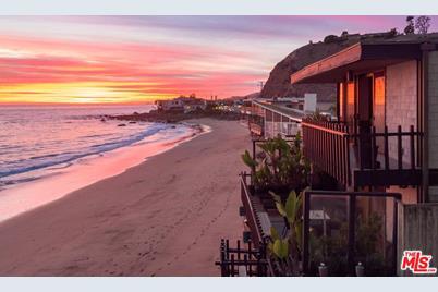 21640 Pacific Coast Hwy - Photo 1