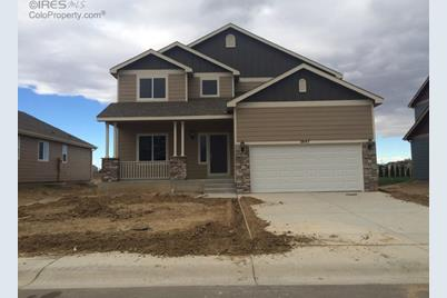2647 Mustang Dr - Photo 1