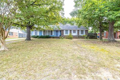 6306 Clearwater Drive - Photo 1