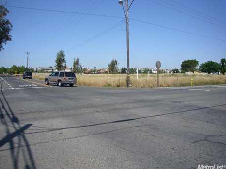 1 Bradshaw Road - Photo 3