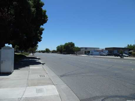 1241 North Main Street - Photo 15