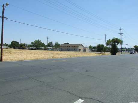 415 Lilac Lane - Photo 3