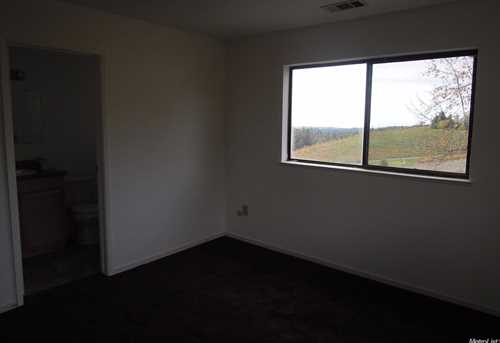 17065 Red Mule Rd - Photo 15