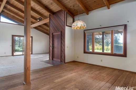 10671 Valley Drive - Photo 9