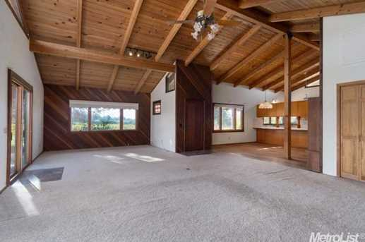 10671 Valley Drive - Photo 7