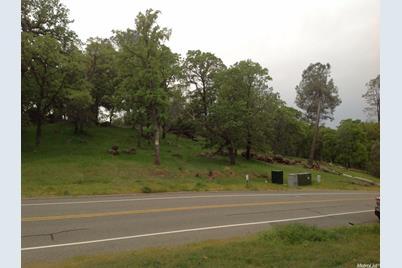23049 Darkhorse Drive - Photo 1