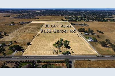 9132 Gerber Road - Photo 1