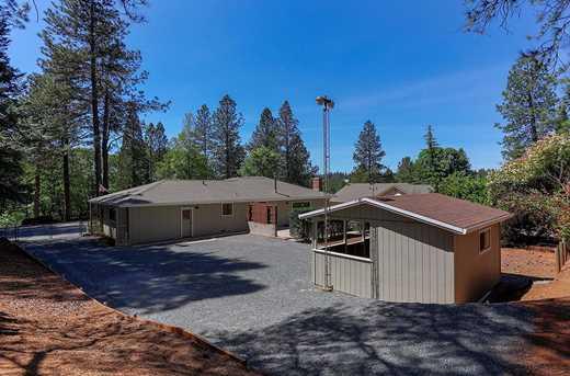 10864 Alta Sierra Drive - Photo 11