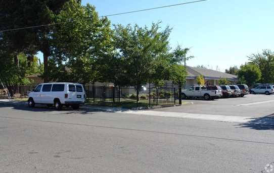 5240 Jackson Street - Photo 3