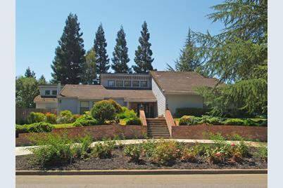 11536 Oak Hill Drive - Photo 1