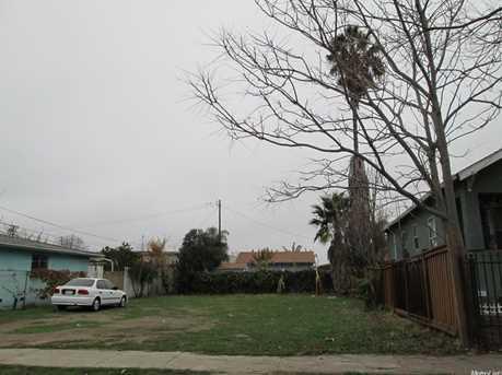 627 East Worth Street - Photo 1