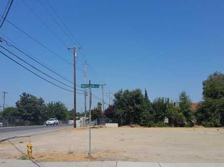 2706 South B Street - Photo 3