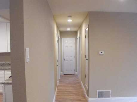 6912 Gillingham Way - Photo 16