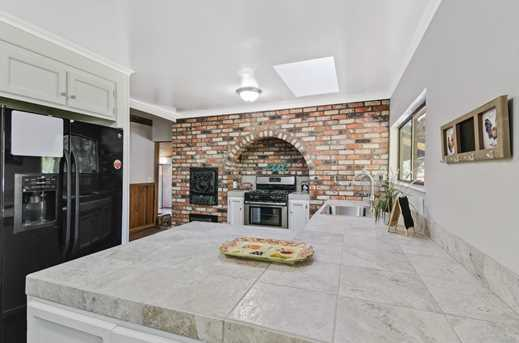 11293 Willow Valley Rd - Photo 7