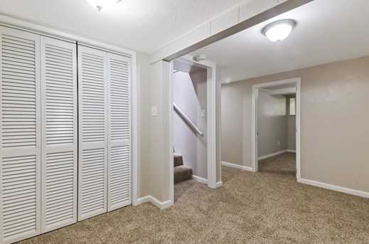 11293 Willow Valley Rd - Photo 18