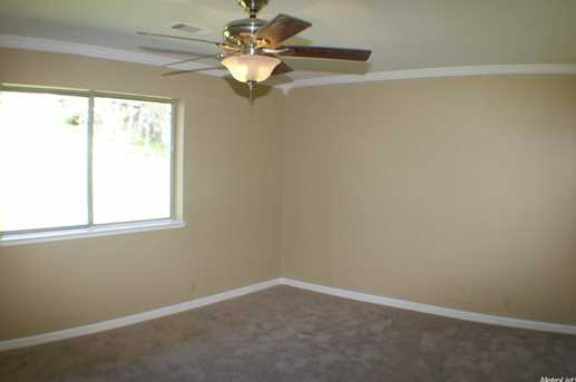 2747 Stagecoach Drive - Photo 9