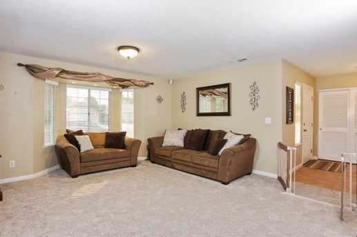 1122 Cresthaven Drive - Photo 5