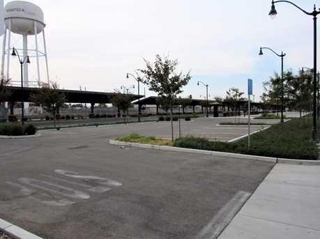 346 Moffat Boulevard - Photo 7