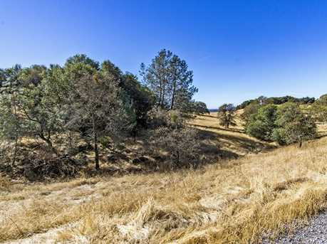 1240 Hound Hollow Road - Photo 21