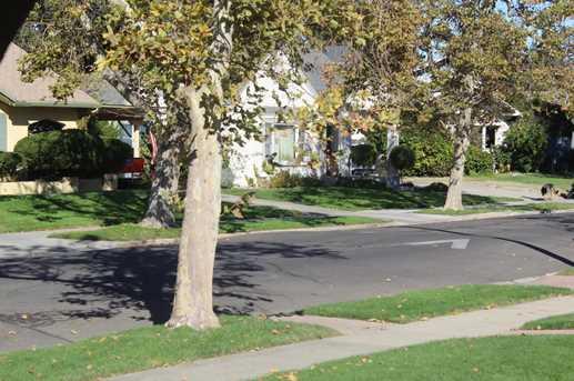 440 North Central Avenue - Photo 21