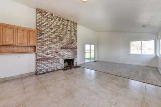 6151 Dill Court - Photo 9