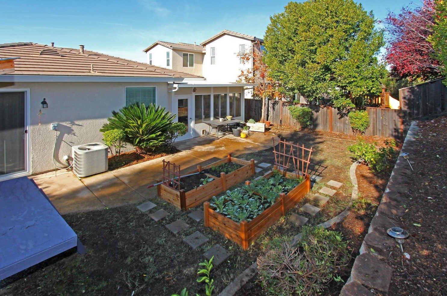 California Backyard Roseville | Backyard Ideas