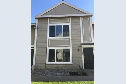 4141 Brookfield Drive - Photo 1