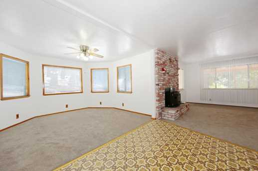 25795 Meadow Dr - Photo 5