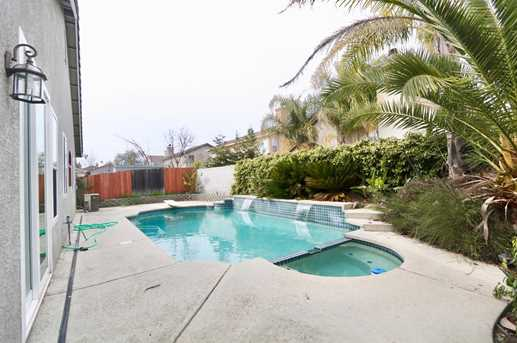 8825 Coral Berry Way - Photo 17