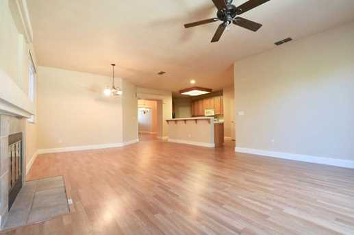 8825 Coral Berry Way - Photo 7