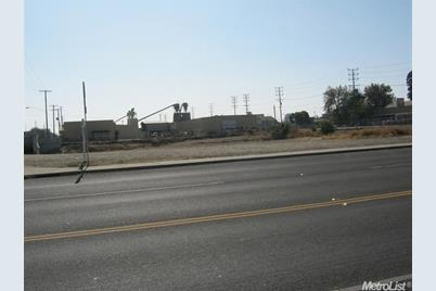 302 East Hazelton Avenue - Photo 1