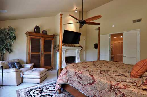 11508 Gold Tunnel Ct - Photo 23