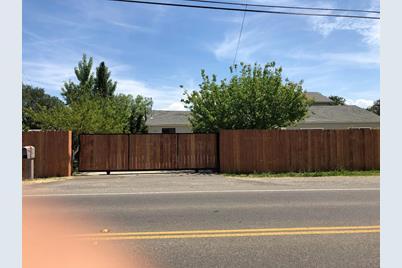9286 San Benito Avenue - Photo 1