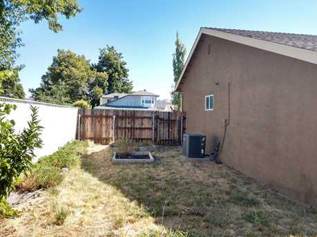 1825 Manzanita Way - Photo 19