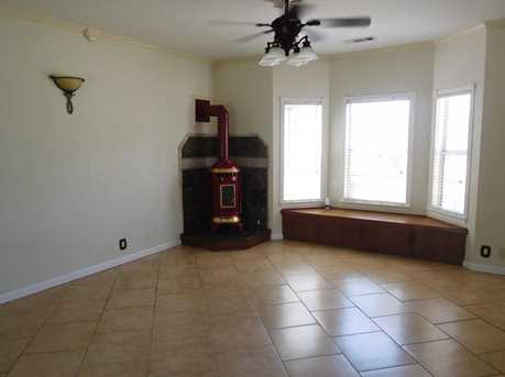 14811 Manzanita Way - Photo 5