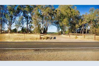 410 North Hewitt Road - Photo 1