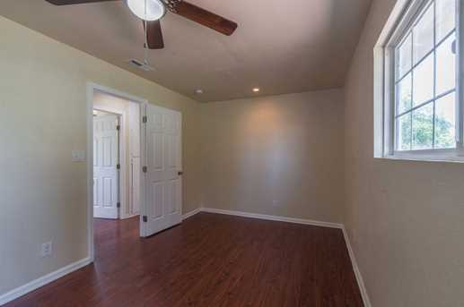 7309 Larchmont Drive - Photo 29