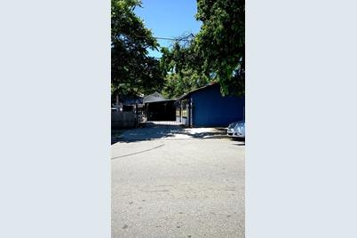 625 North Sacramento Street - Photo 1
