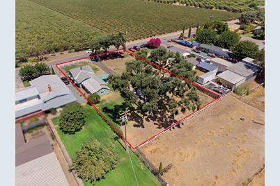 5260 East Hogan Lane, Lodi, CA 95240