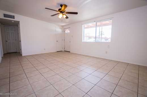3799 E Foothills Drive - Photo 5