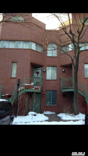 556 lousiana ave 2nd fl brooklyn ny 11239 mls 2722754 for Kitchen cabinets 2nd ave brooklyn