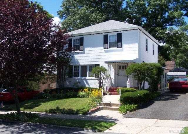 queens village latin singles Browse through 77 single-family homes for sale in queens village, queens, ny with prices between $400,000 and $999,000 we urge you to contact queens village realtors to offer you detailed information about any single-family home for sale and help you make an informed buying decision.