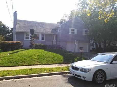 191 Delaware Ave - Photo 1