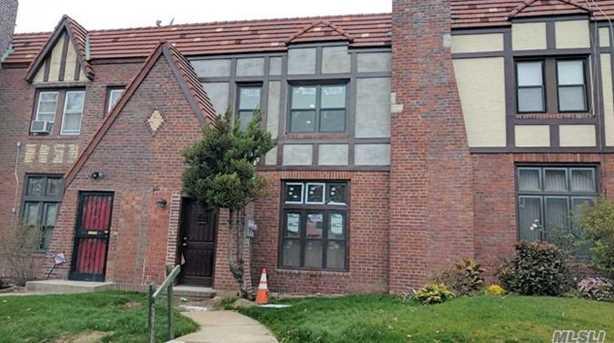 215-17 Murdock Ave - Photo 1