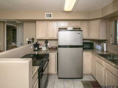 94 London Bridge Rd, Unit 401 #401 - Photo 13