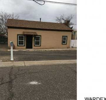 208 Maple St - Photo 1