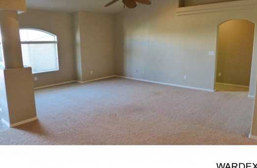 2068 Desert Lakes Dr - Photo 3