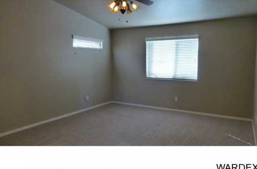 2068 Desert Lakes Dr - Photo 7