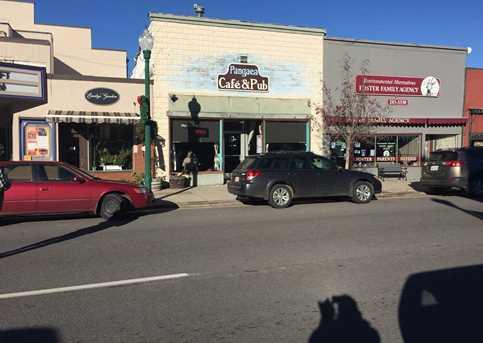 461 Main St W - Photo 1